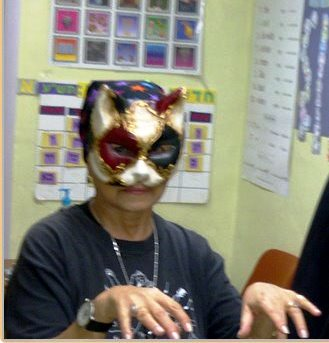 Purim cat 2