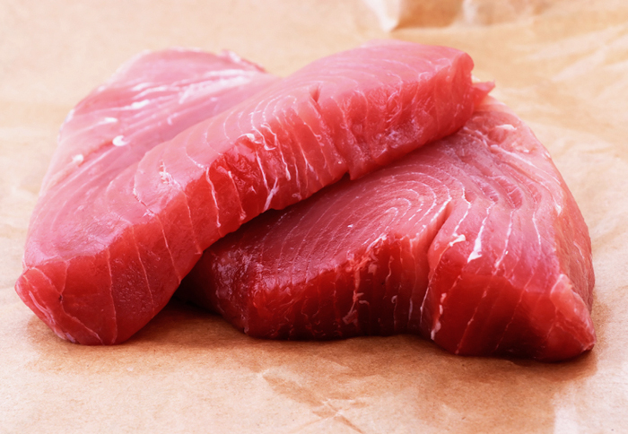 yellow tuna steak
